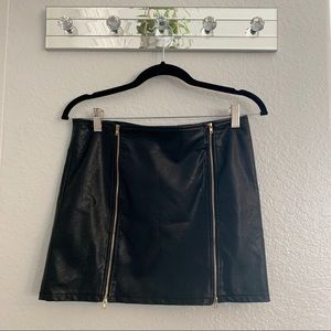 ANGL black Mini Skirt with side zippers